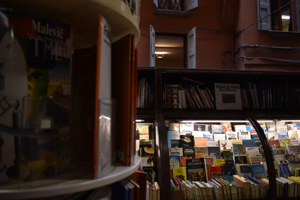 bologna-bookstore